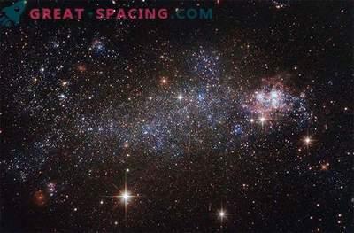 Hubble gleda osupljivo nepravilno galaksijo