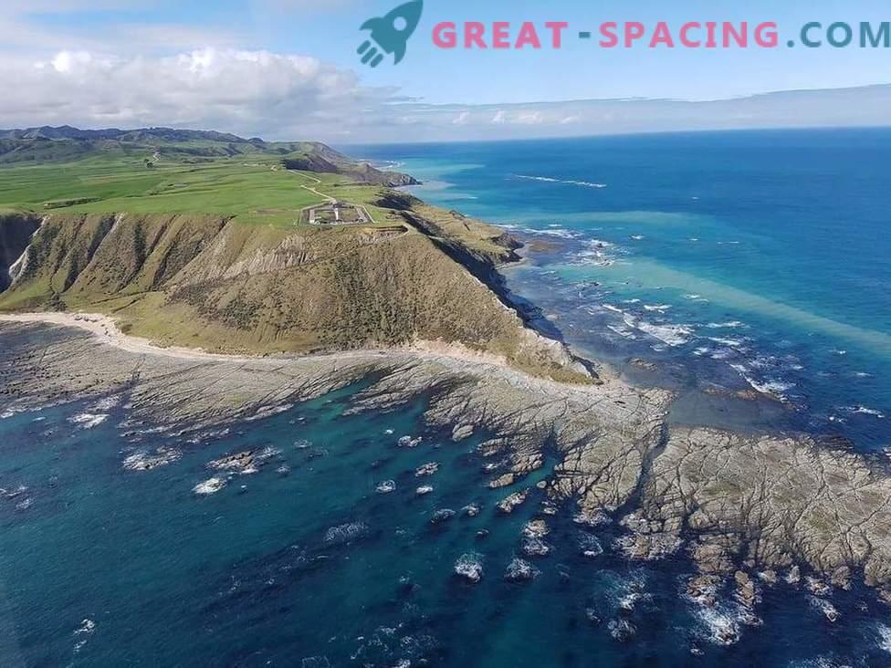 Raketa z majhnimi sateliti prispe na prvo lansiranje v Novi Zelandiji