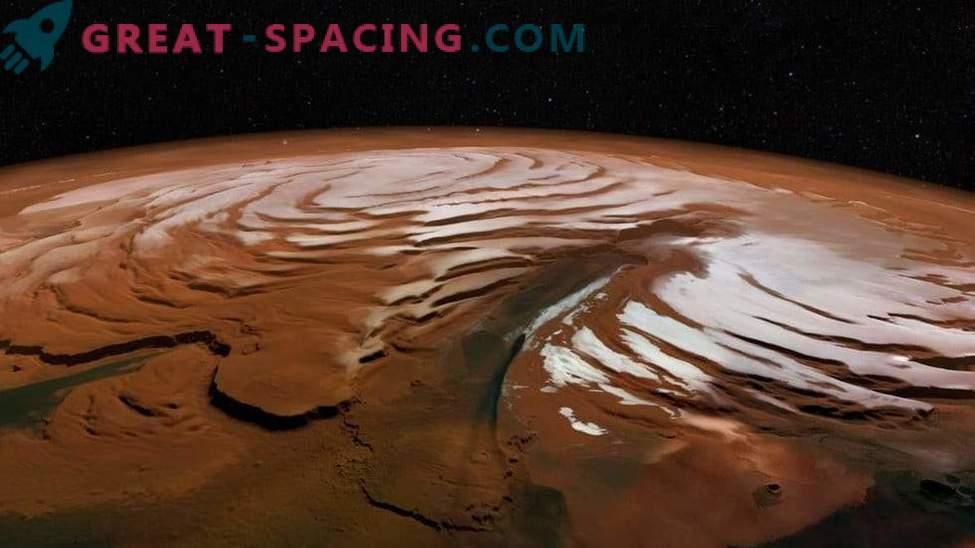 Kakšen je polarni ledeni pokrovček Marsa?