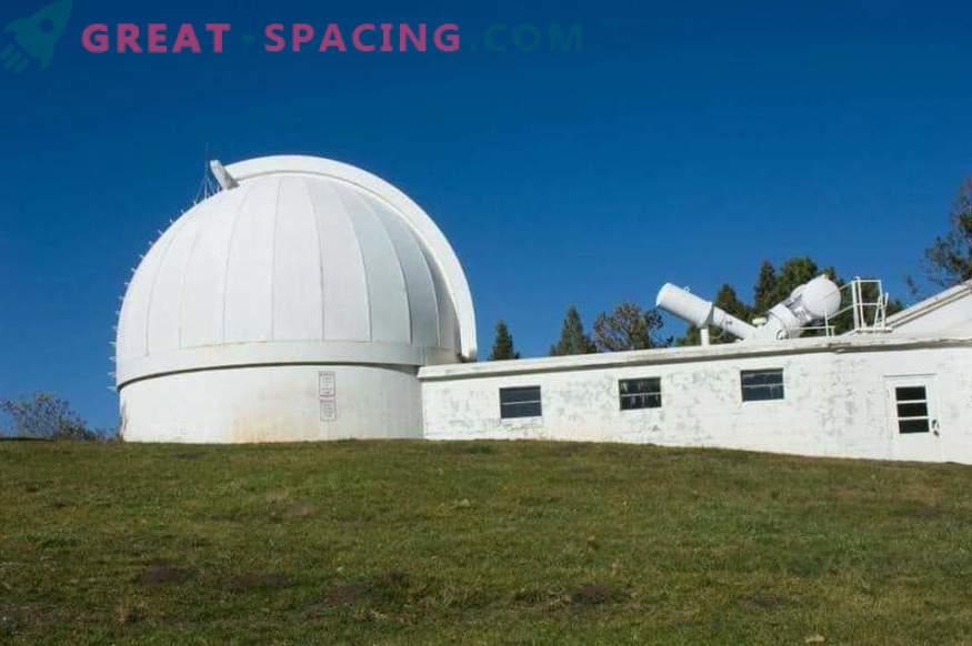 Kaj vidijo astronomi? FBI takoj zapre observatorij
