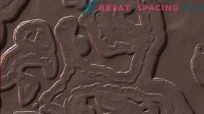 7 čudnih predmetov na Marsu!