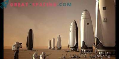 The SpaceF BFR rocket is preparing to send a passenger on a moon cruise