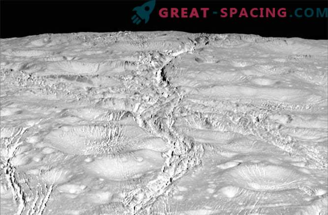 Cassini probe Enceladus, osupljive fotografije