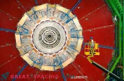 Veliki hadronski trkalnik je spet deloval