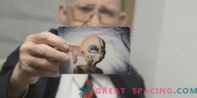 Boyd Bushman zagotavlja, da so to fotografije nezemeljskega bitja