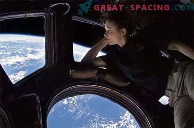 Steklo, ki absorbira sevanje, bi lahko zaščitilo astronavte