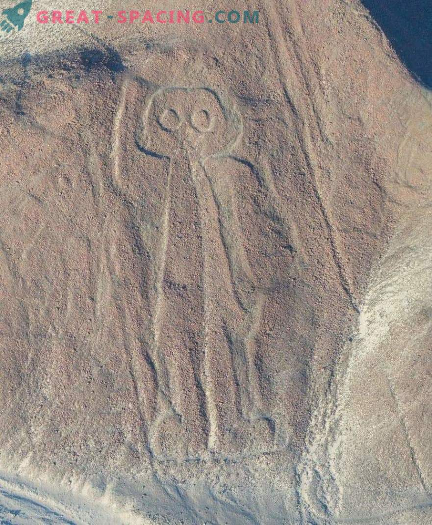 Starodavne risbe v puščavi Nazca. Ufologi kažejo na zunajzemeljski izvor