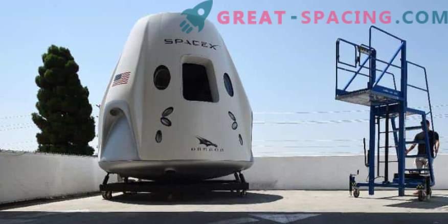 SpaceX se pripravlja na pošiljanje astronavtov na ISS