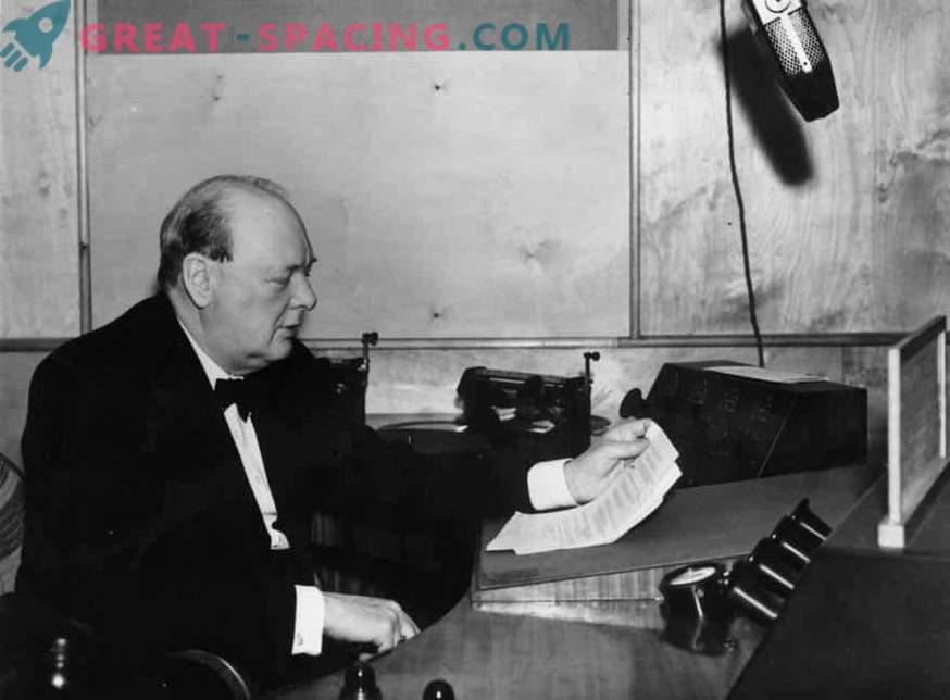 Churchillovo izgubljeno delo razkriva svoje poglede na nezemeljsko življenje