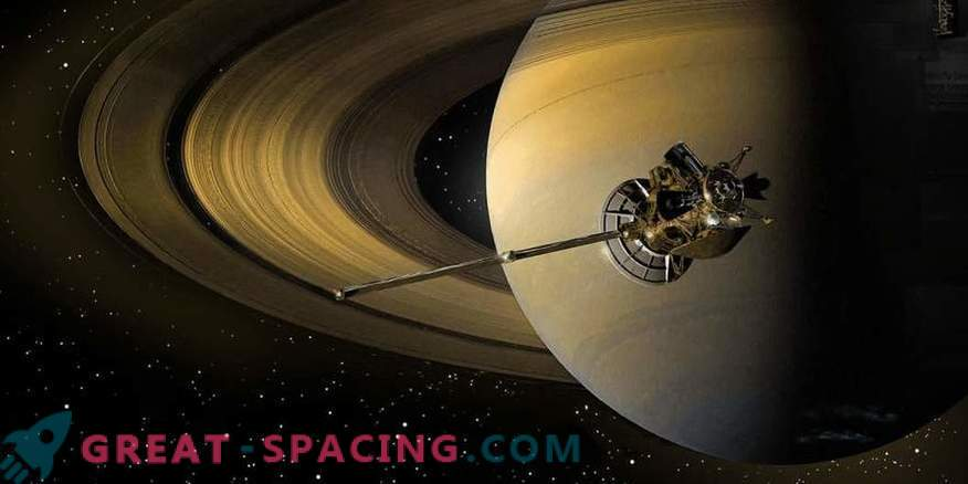 Cassinijev aparat je zgorel na nebu Saturna.