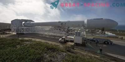 Falcon 9 je pripravljen za zagon