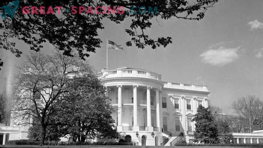 Kateri neznani predmeti so bili videni v Washingtonu leta 1952