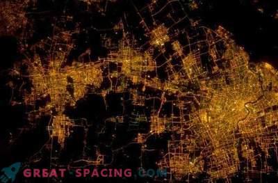 Urbanizem: Mesta iz vesolja