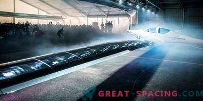 V Švici je predstavljena solarna letala v stratosferi