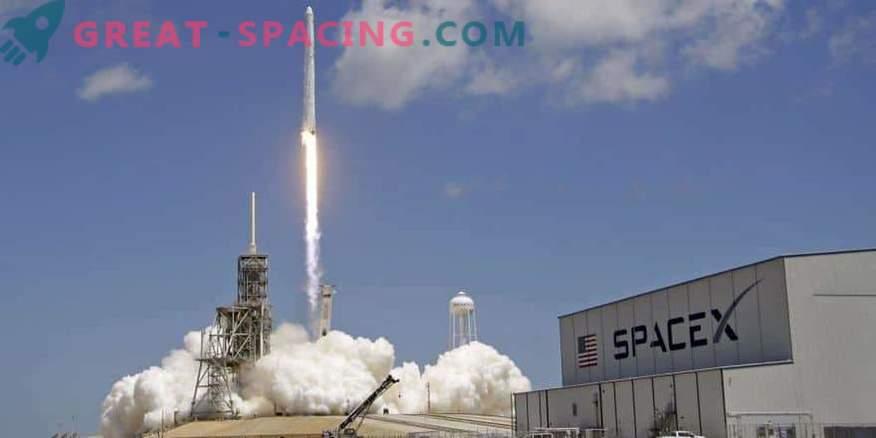 SpaceX začenja skrivno misijo Zuma