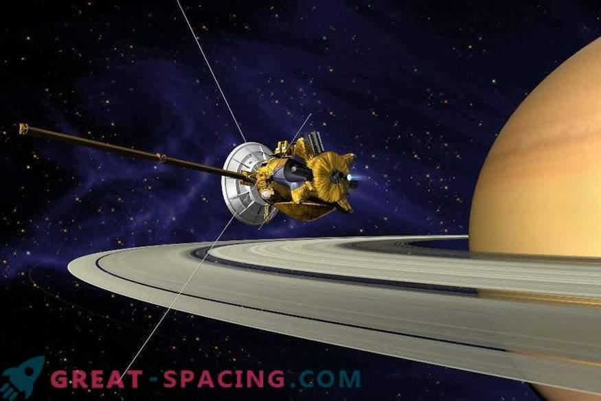 Kako dolgo lahko Saturn obdrži svoje obroče