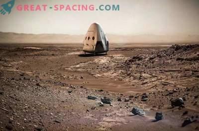 Maska: SpaceX bo šla