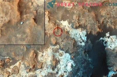 Marsov rover je prenehal puščati sledi na površini Marsa.