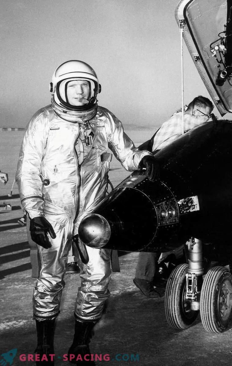 Neil Armstrong: prvi človek na Luni