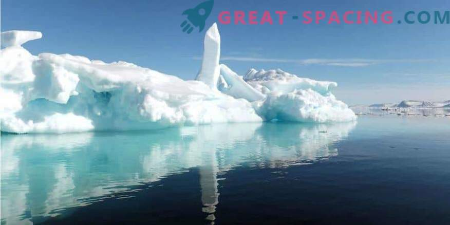 Pod ledom Antarktike so vidne skrivnostne zgradbe! Tajno bazo ali vesoljski pristanek?