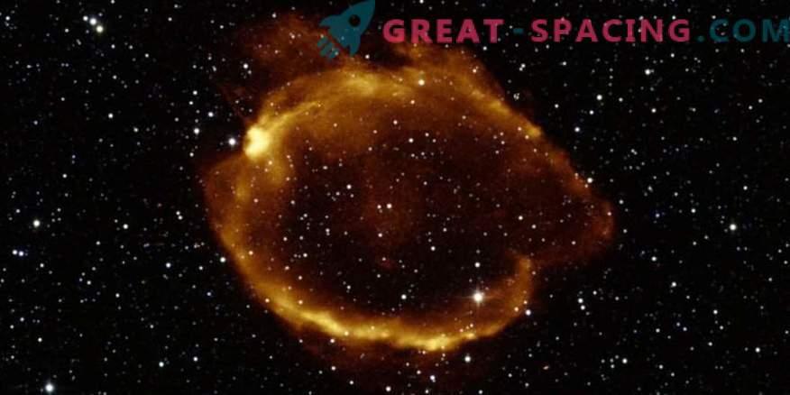 Najdene supernove z gravitacijsko lečo