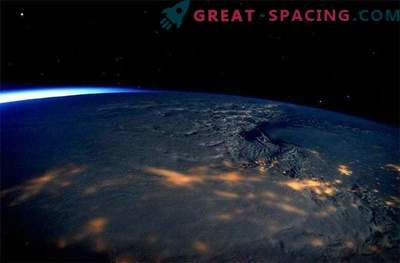 Astronavti so ujeli osupljiv pogled na vihar na vzhodni obali ZDA.