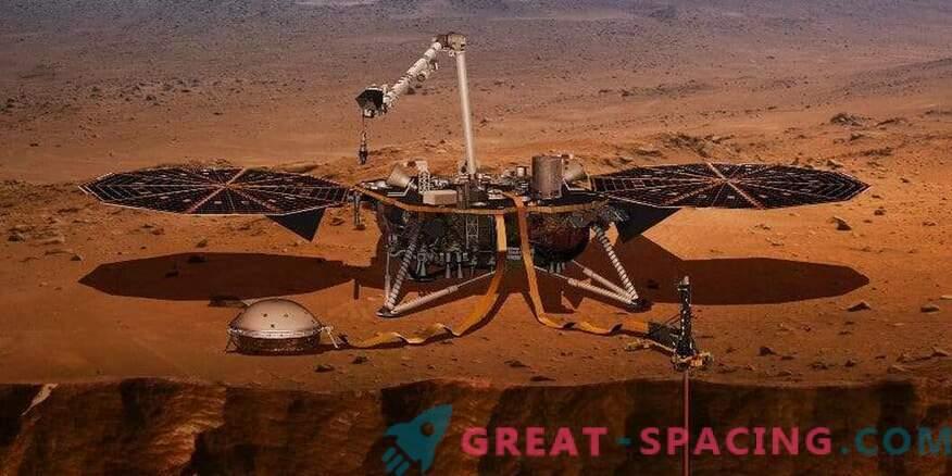 InSight zgrabi termometer za Mars