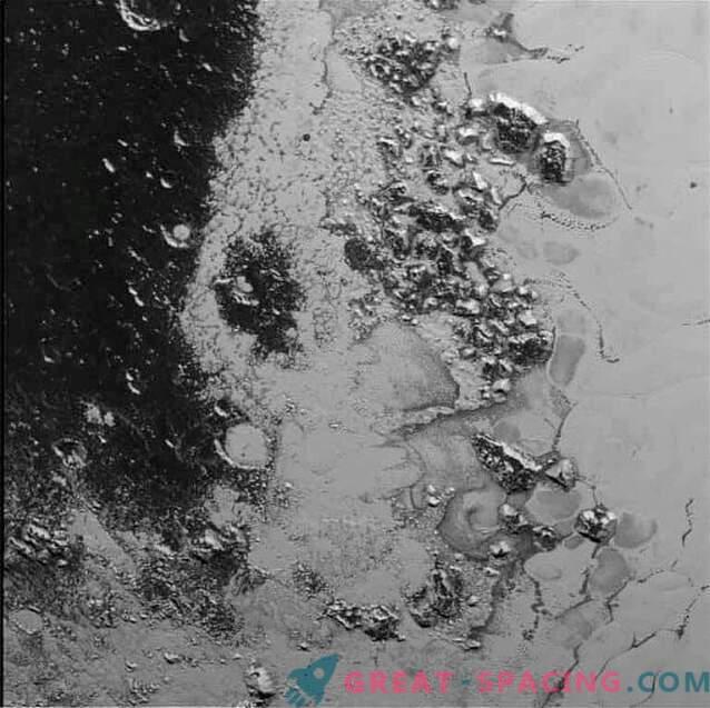 Novi obzorji so odkrili drugo gorovje na Plutonu